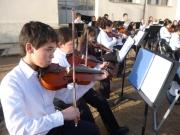 Actuación de la Orquesta Sinfónica Infantil Juvenil de Florida en la Escuela Nº 21